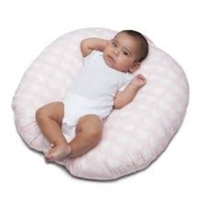Boppy Newborn Lounger Pink with White Hearts